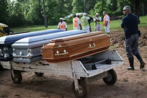 Oldest man on death row buried in TDCJ cemetery