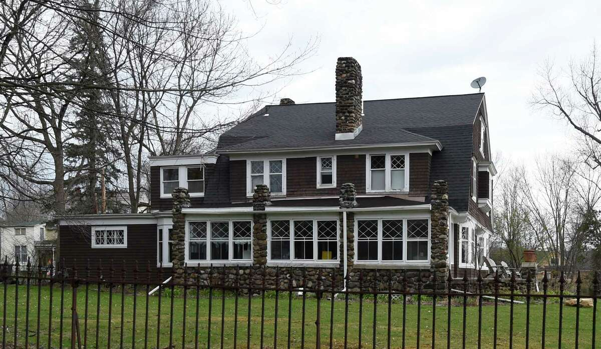 Click through the slideshow for some current examples of Dutch architecture in the Capital Region . Exterior view of a Dutch colonial at 7 Jane's Avenue on Friday, April 22, 2016, in Round Lake, N.Y. (Skip Dickstein/Times Union)