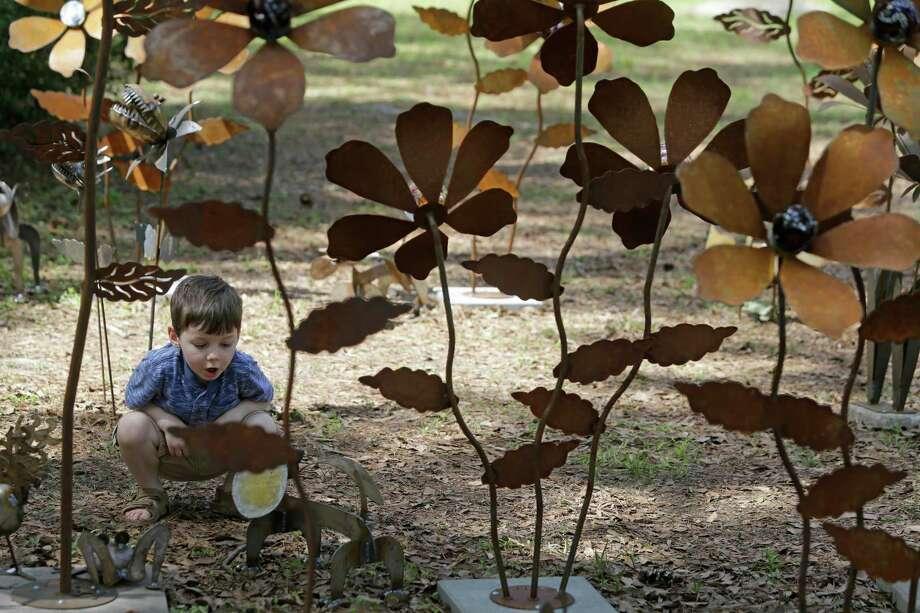 The Bayou City Art Festival kicks off Saturday in Memorial Park. Photo: Melissa Phillip, Staff / © 2015  Houston Chronicle