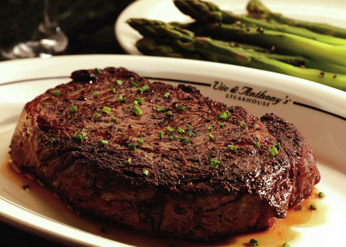 Vic & Anthony's Steakhouse 1510 Texas Ave., 713-228-1111