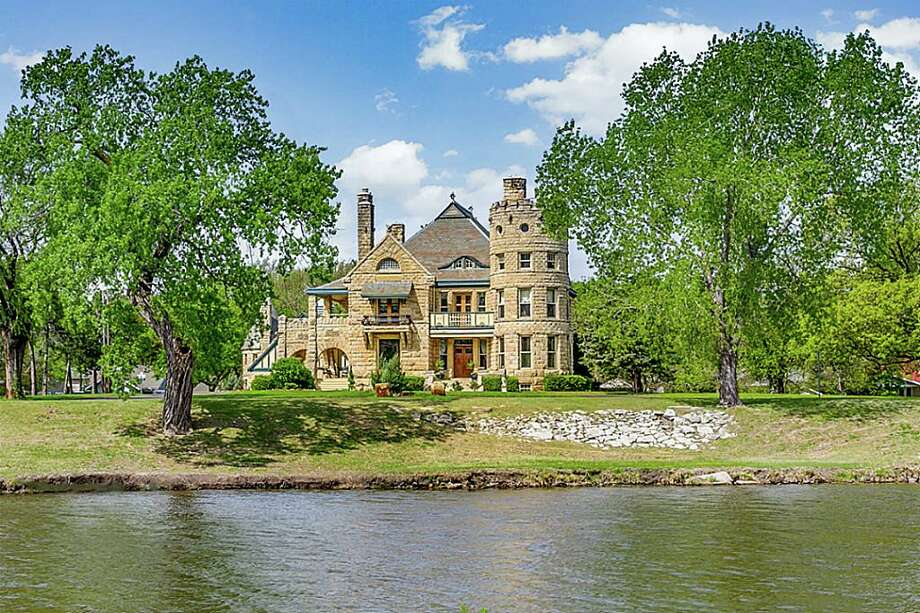 Castle In Wichita Hits The Market At 3 5m Houston Chronicle