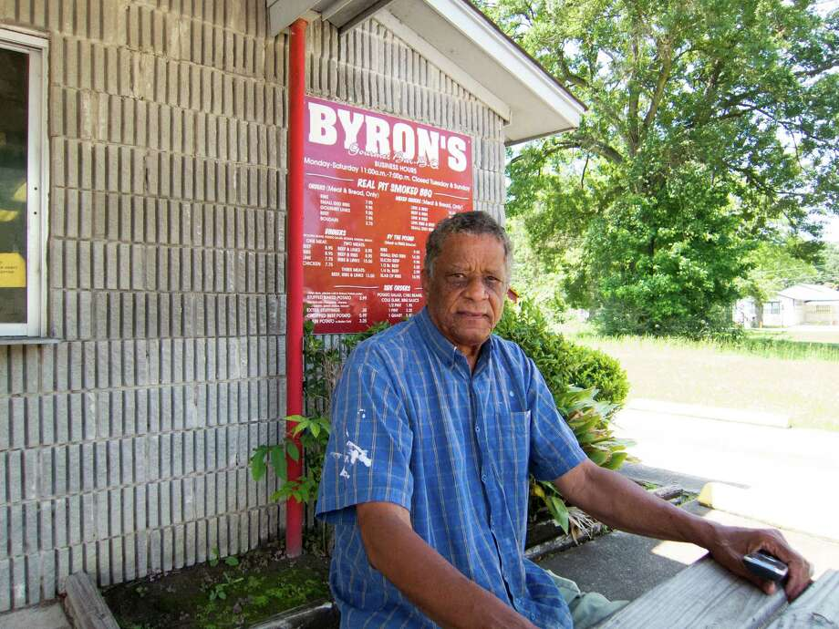 Owner and pitmaster Byron Johnson tweaked his grandfather's link recipe. Photo: J.C. Reid / Houston Chronicle