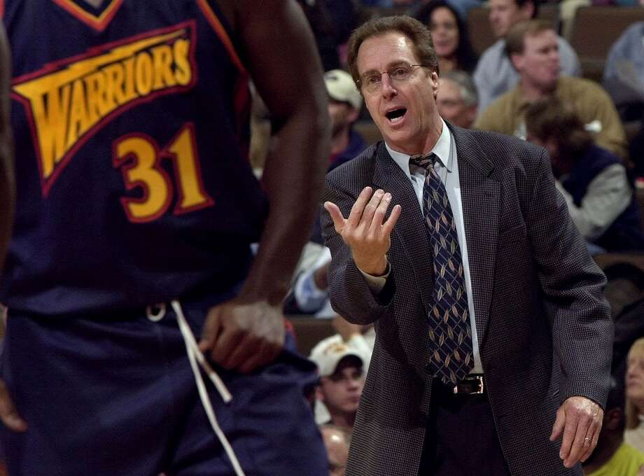Dave Cowens, the Warriors' coach in 2000-01, followed Garry St. Jean and was fired 23 games into his second season. Photo: DAVID ZALUBOWSKI, Associated Press
