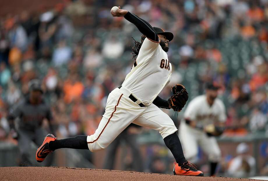 Johnny Cueto pitches against the Arizona Diamondbacks in the top of the first inning at AT&T Park on April 21, 2016, in San Francisco. Photo: Thearon W. Henderson, Getty Images