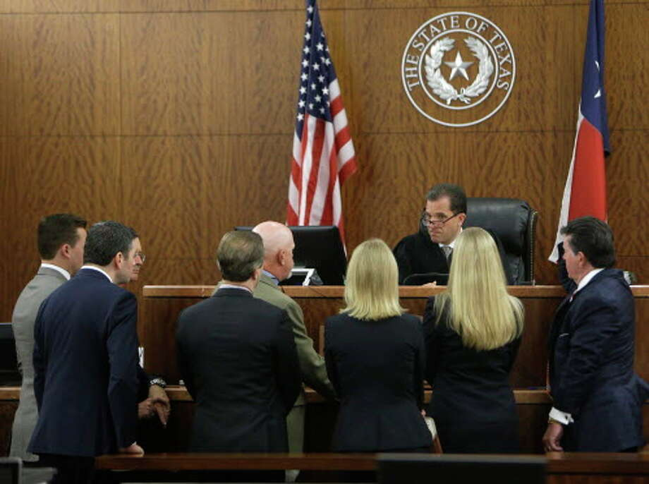 An advocacy firm compared  the discipline rates of the judicial performance commissions of California, Texas, New York  and Arizona over the past 10 years and the results are troubling. Photo: Melissa Phillip, Houston Chronicle / © 2016 Houston Chronicle