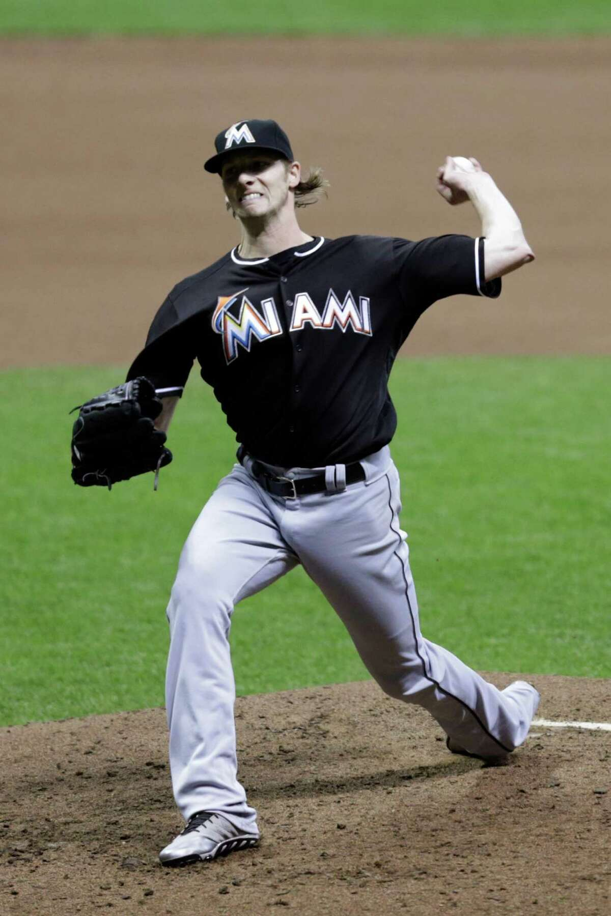 MILWAUKEE, WI - APRIL 29: Adam Conley #61 of the Miami Marlins pitches during the eighth inning against the Milwaukee Brewers at Miller Park on April 29, 2016 in Milwaukee, Wisconsin. (Photo by Mike McGinnis/Getty Images) ORG XMIT: 607676657