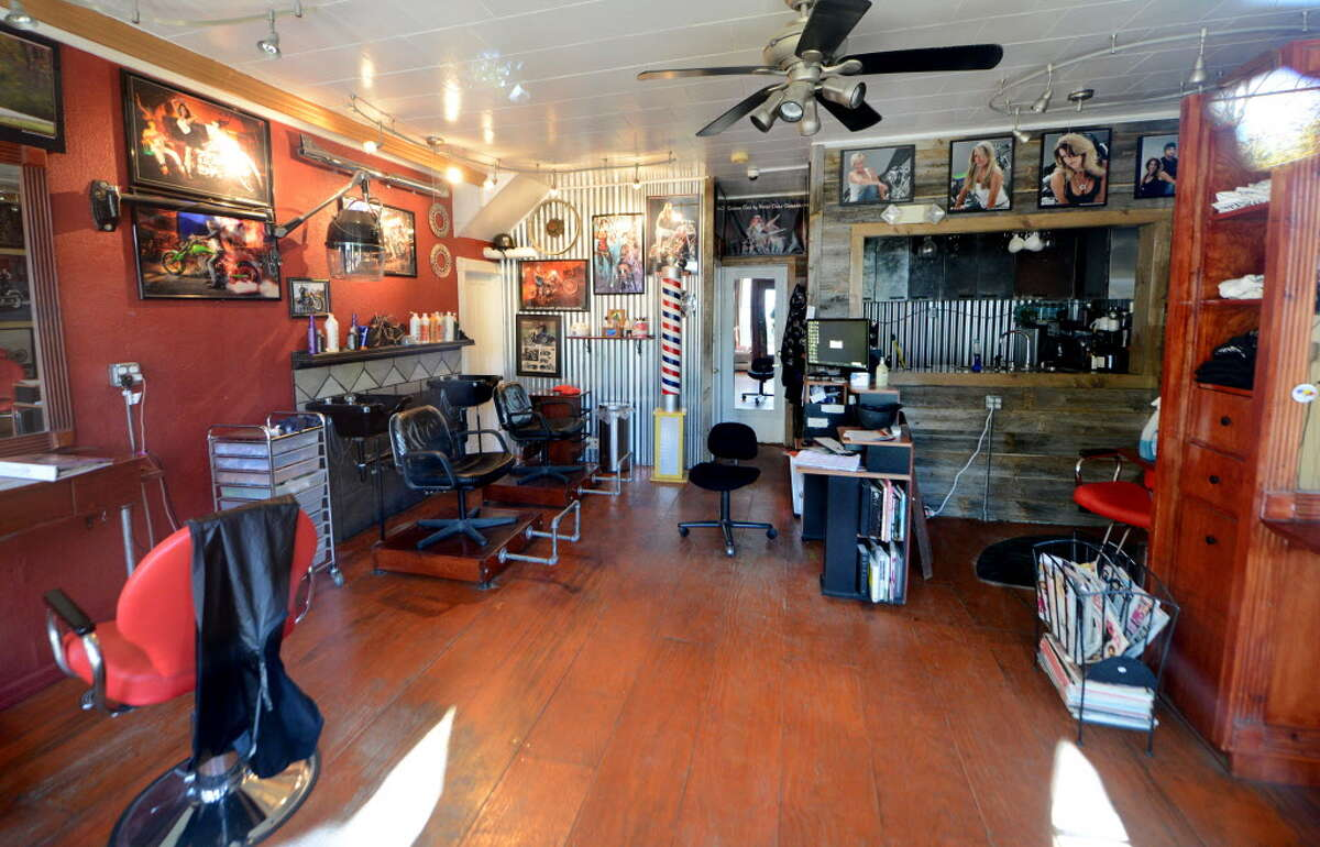Interior of Recycled Salon on Sand Creek Rd. Thursday, Oct. 15, 2015, where an Aug. 21 stabbing claimed the life of hair stylist Jacquelyn Porreca in Colonie, N.Y. (Will Waldron/Times Union)