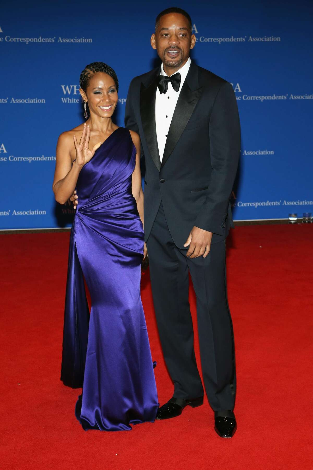Actors Jada Pinkett Smith (L) and Will Smith attends the 102nd White House Correspondents' Association Dinner on April 30, 2016 in Washington, DC.