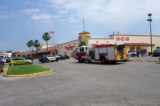 Police responded to an incident in the parking lot of the Las Palmas Mall H-E-B at 721 Castroville Road, around 11:30 a.m. Sunday, May 1, 2016.