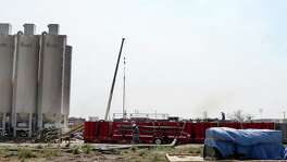"""Work continues in March at a fracking site off Texas 72 between Tilden and Cotulla. The current recovery has stark parallels to the """"false rally"""" of last year that """"stifled the recovery"""" by sustaining high-cost production, Helima Croft, head of commodity strategy at RBC Capital Markets LLC, said in a report."""