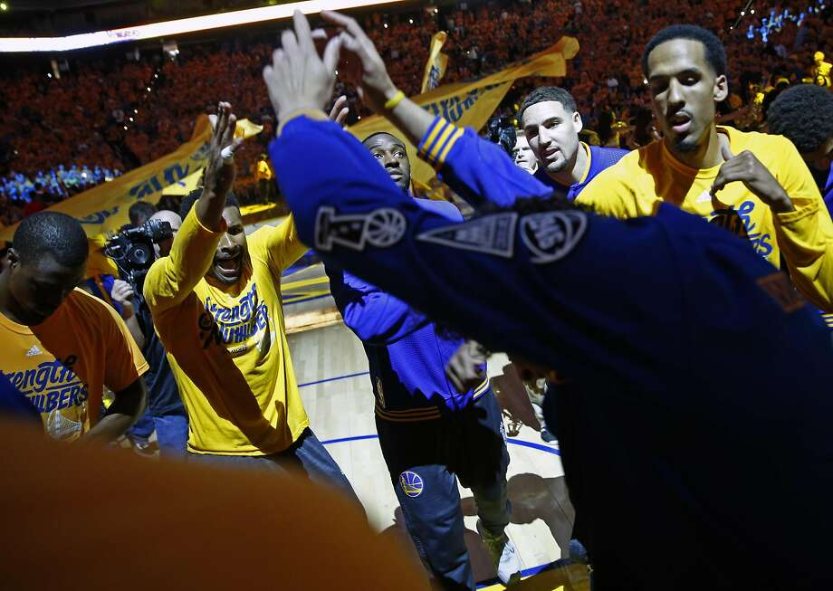 The Warriors huddle before their victory over Portland in Game 1 of the Western Conference semifinals. Photo: Scott Strazzante, The Chronicle
