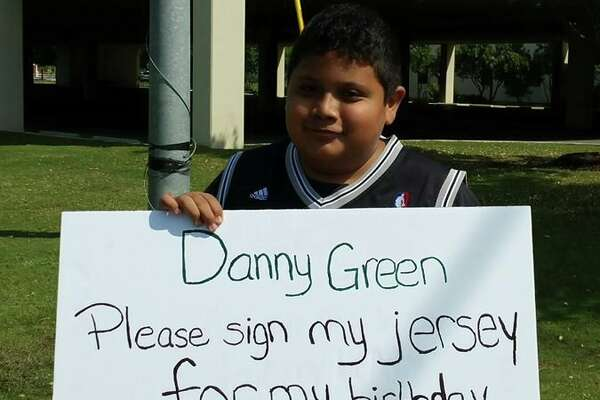 "Josh Xon, 13, traveled three hours from Del Rio to meet his ""idol,"" Danny Green in San Antonio on April 30."