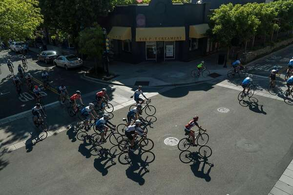 Ready to cycle like a pro? 3 renowned group rides