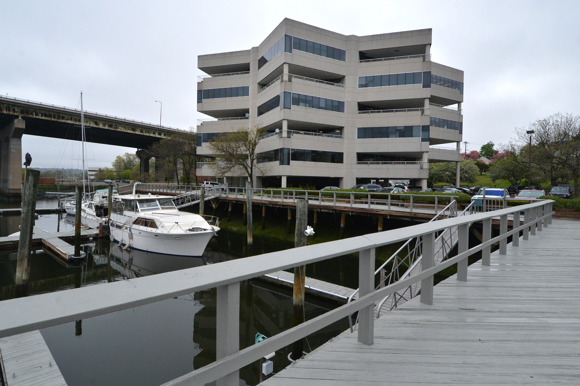 Norwalk office hits auction block stamfordadvocate aiddatafo Image collections