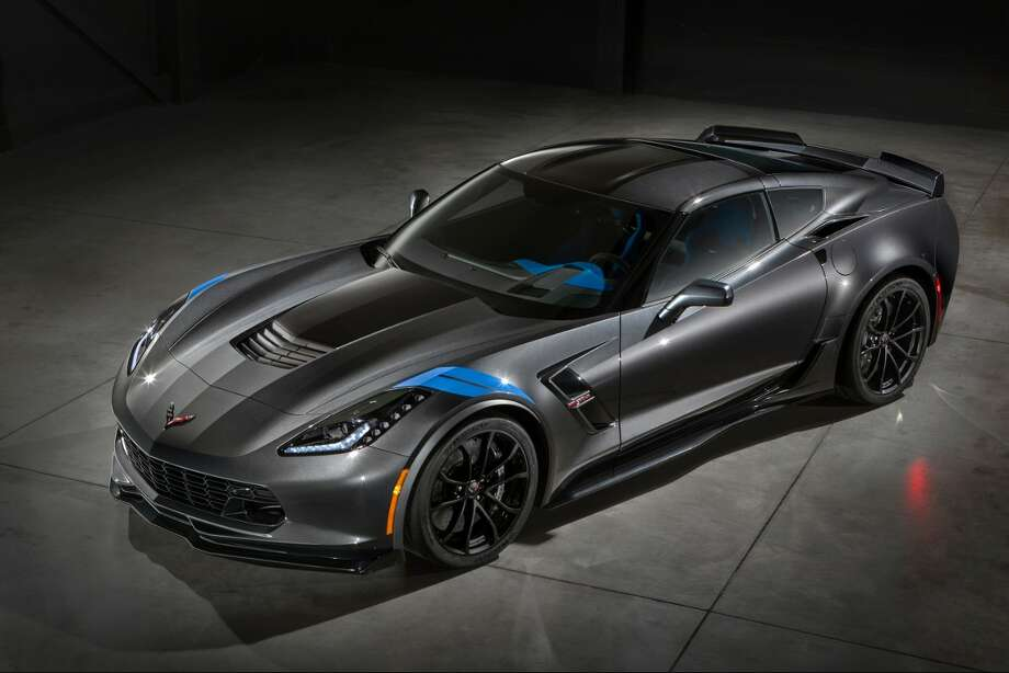 The new 2017 Chevrolet Corvette Grand Sport combines a lightweight architecture, a track-honed aerodynamics package, Michelin tires and a naturally aspirated engine to deliver exceptional performance. Photo: General Motors