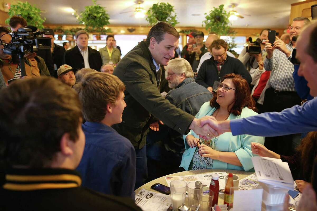 OSCEOLA, IN - MAY 02: Republican presidential candidate Sen. Ted Cruz (R-TX) makes a campaign stop at the Bravo Cafe on May 2, 2016 in Osceola, Indiana. Cruz continues to campaign leading up to the state of Indiana's primary day on Tuesday. (Photo by Joe Raedle/Getty Images)