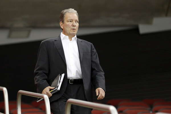New Jersey Devils general manager Ray Shero attends his team's NHL hockey training camp, Friday, Sept. 18, 2015, in Newark, N.J. (AP Photo/Julio Cortez) ORG XMIT: NJJC110 ORG XMIT: MER2015091815282578
