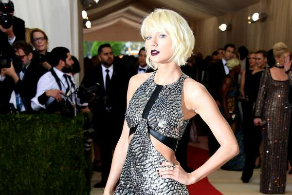 Best: Taylor Swift   Some people on the Internet were not pleased with Taylor's look, but we think her overall style is headed to a better place.