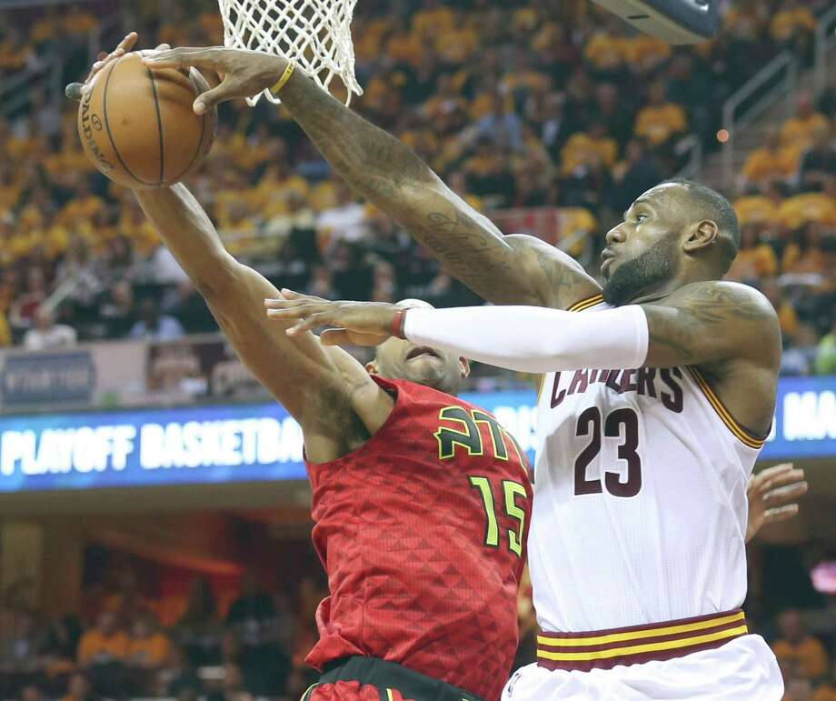 The Cavaliers' LeBron James, right, played in his 183rd playoff game, tying him with former Cavs coach Byron Scott for 14th place on the career list. Photo: PHIL MASTURZO, MBR / Akron Beacon Journal