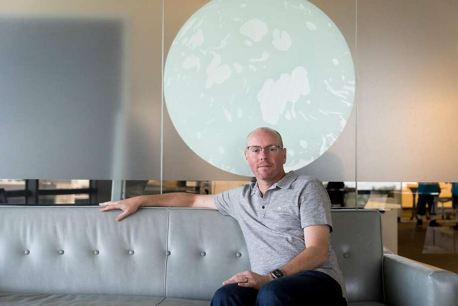Netsuite Founder Evan Goldberg poses for a photograph at his office in San Mateo, Calif. on Monday, May 2, 2016. Goldberg has donated $10 million to create the BRCA Foundation. Photo: James Tensuan, Special To The Chronicle
