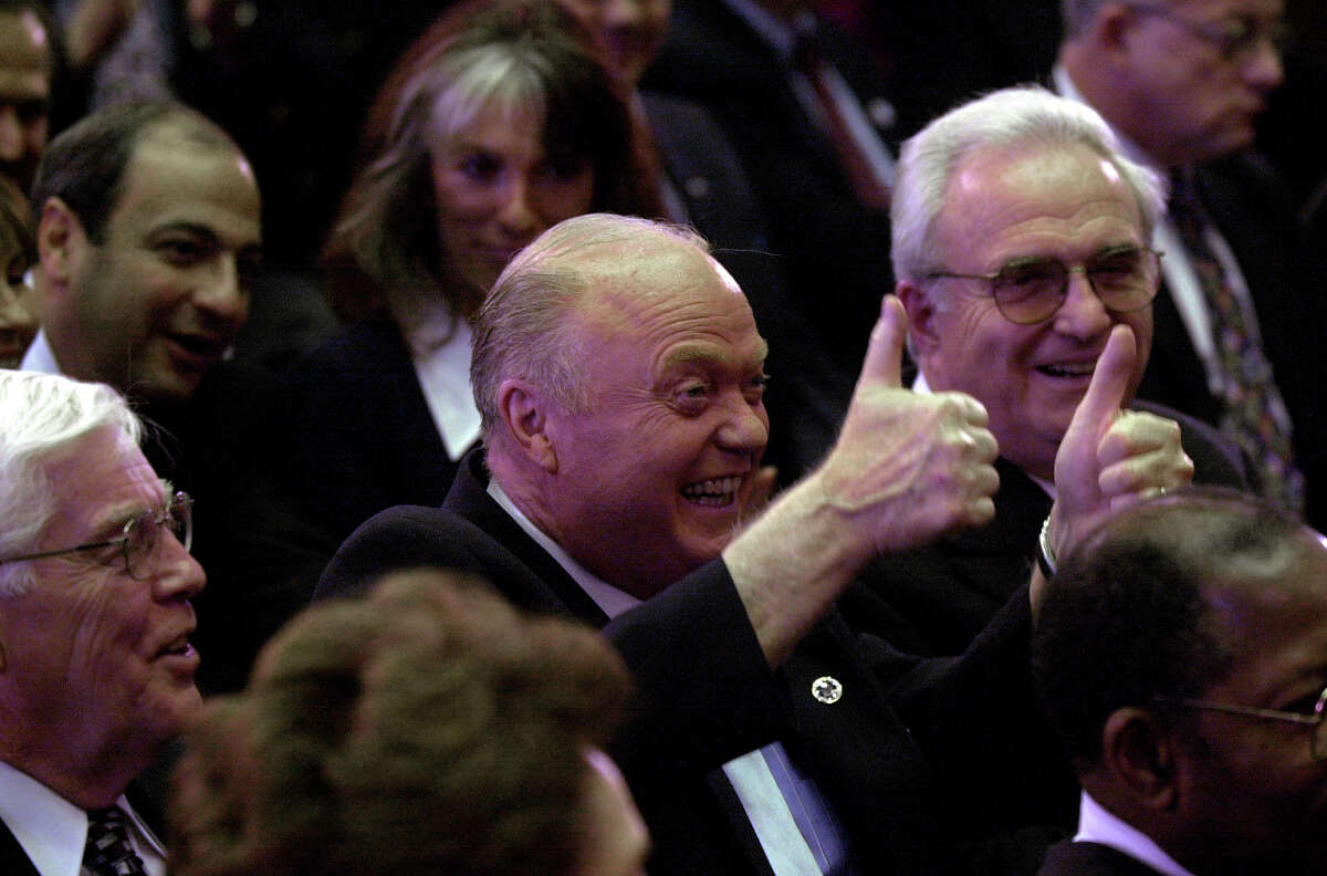 Senator Hugh Farley gives Governor George Pataki the thumbs up sign during the State of the State speech in the Capitol in Albany, New York January 3, 2000. (Skip Dickstein/Times Union)