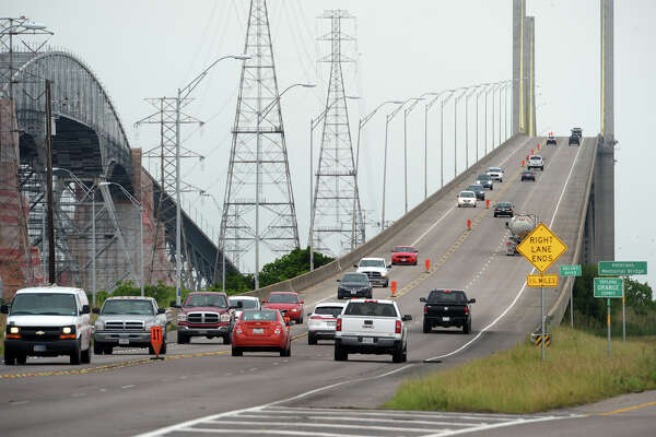 Due to water accumulation on the Port Arthur side, the Rainbow Bridge was closed Monday and all traffic was diverted to the Veterans Memorial Bridge.  Photo taken Monday, May 02, 2016 Guiseppe Barranco/The Enterprise