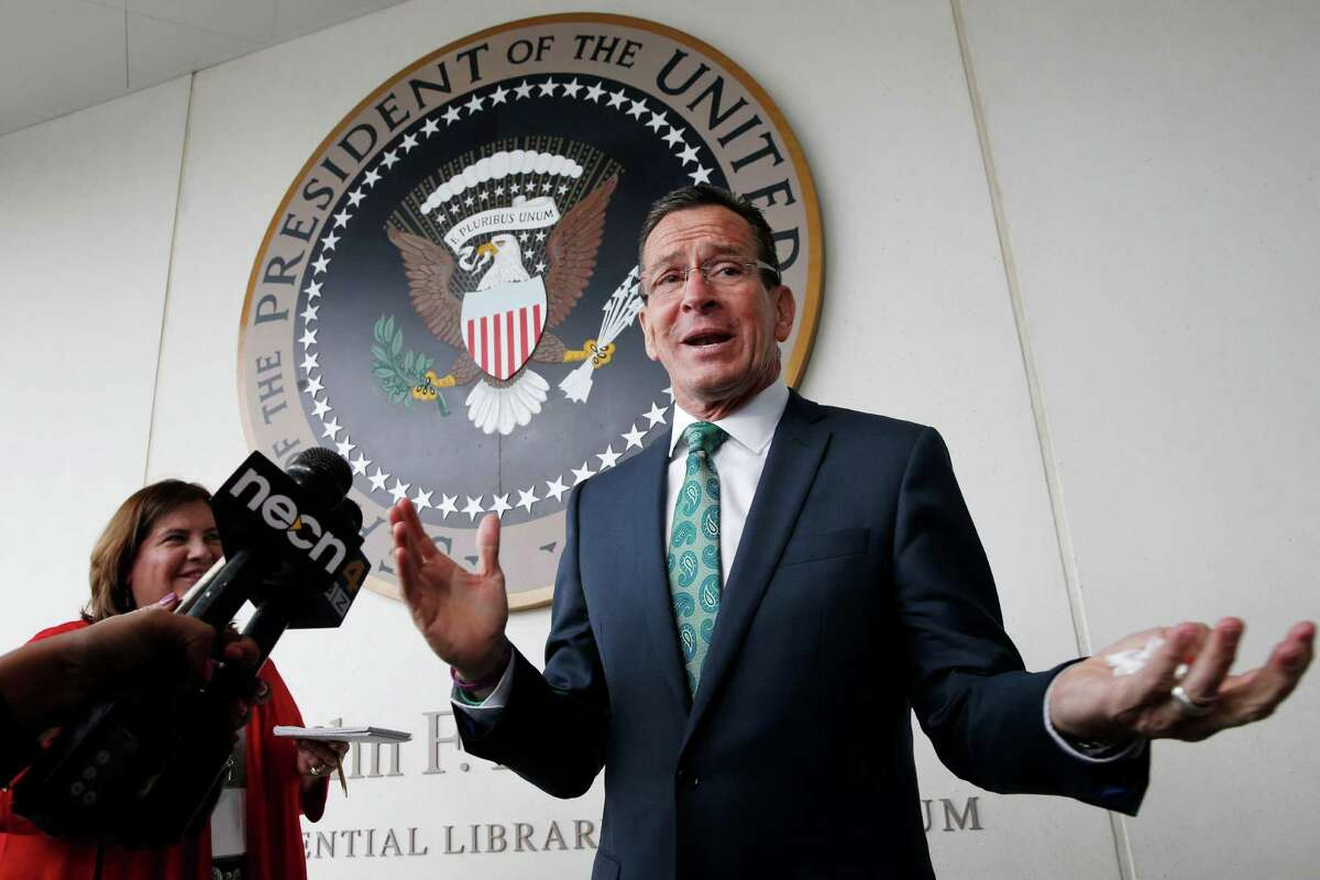 Gov. Dannel P. Malloy on Tuesday shuttled to Senate Democratic leaders in attempt to prod budget negotiations that have stalemated in recent days.