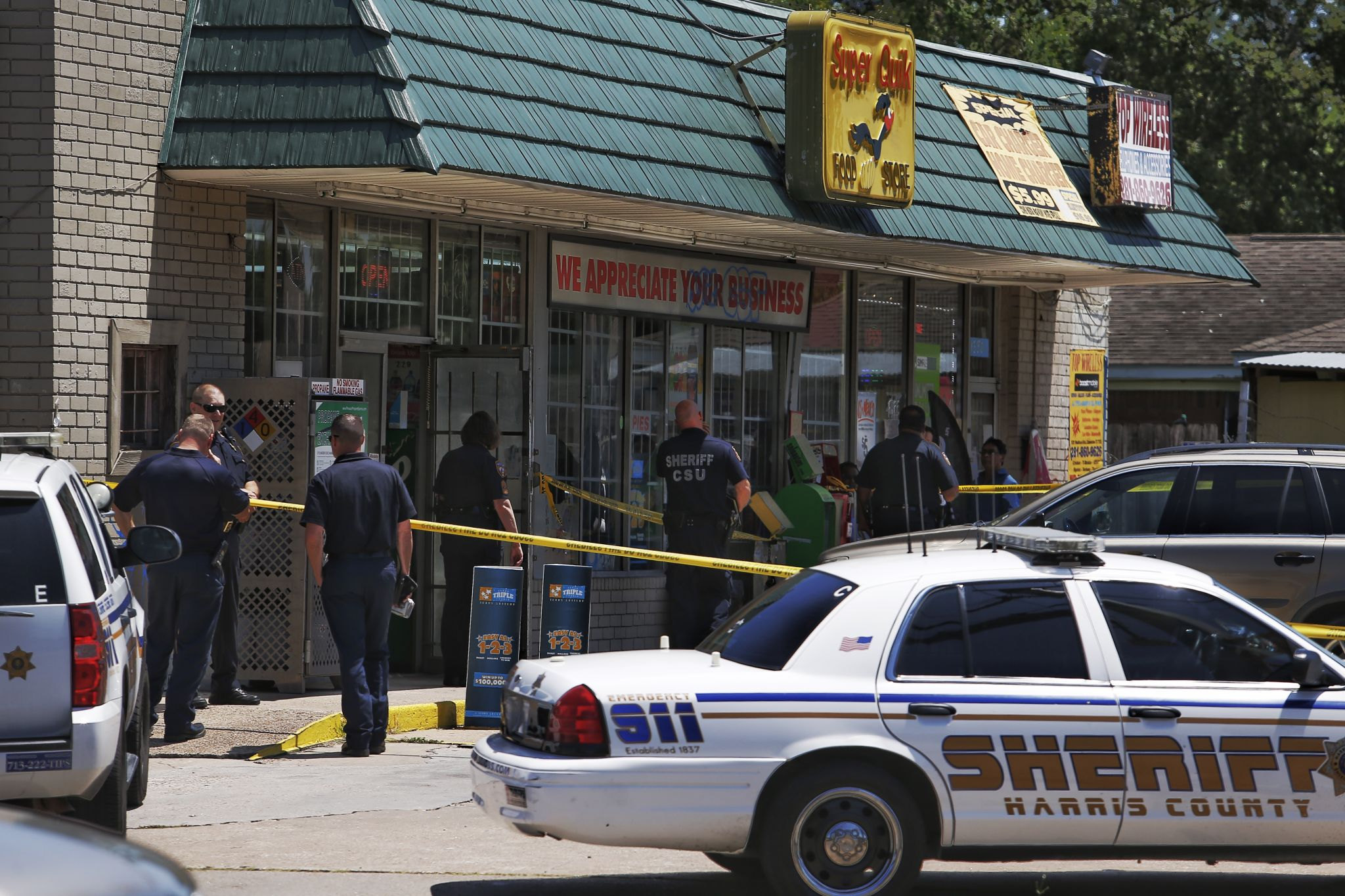 One Person Shot During Store Robbery In East Harris County