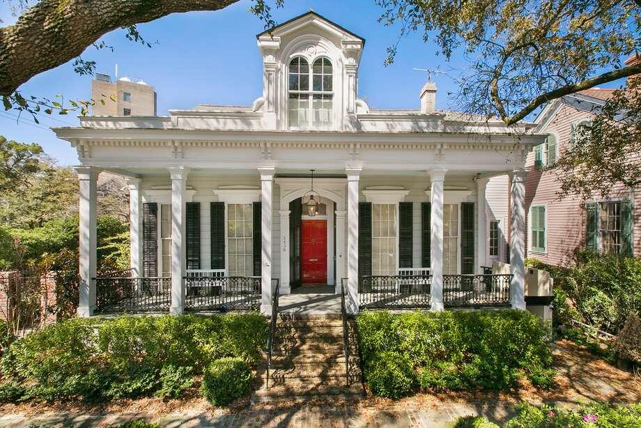 Inside new orleans 39 renovated million dollar homes for Million dollar homes in la
