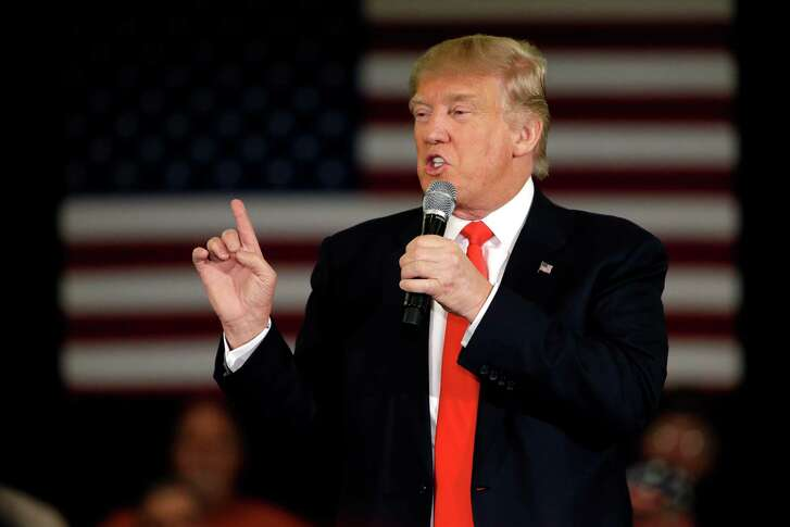 Republican presidential candidate Donald Trump speaks at a campaign stop, Wednesday, March 30, 2016, in Appleton, Wis. (AP Photo/Nam Y. Huh)