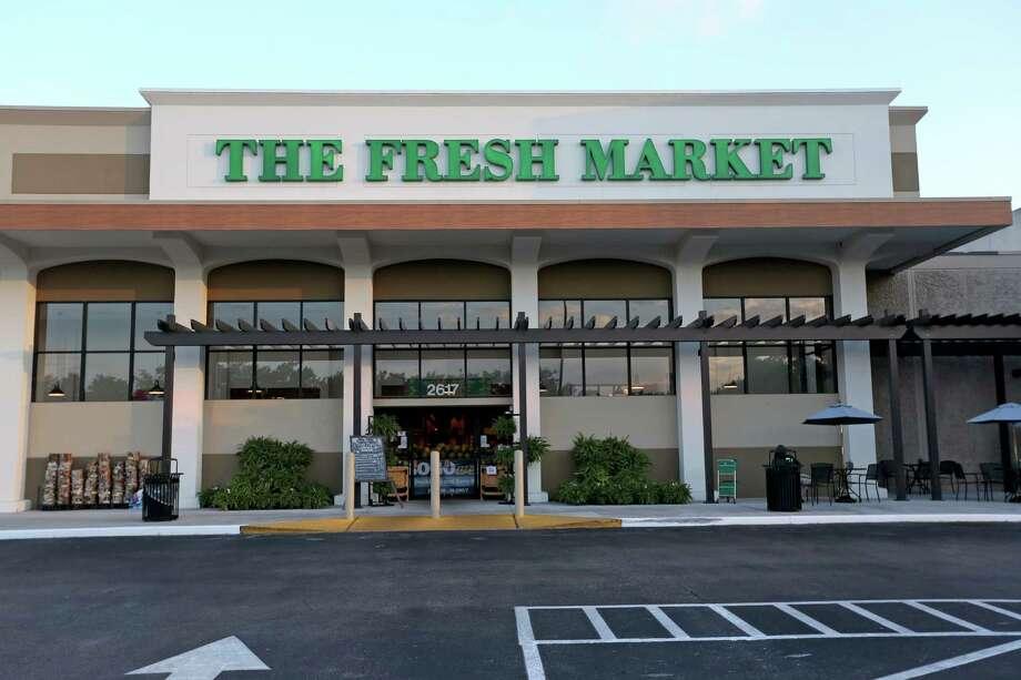 The Fresh Market entered Houston in 2013. The North Carolina-based chain will close its Texas stores on May 18. Photo: Gary Coronado, Staff / © 2015 Houston Chronicle