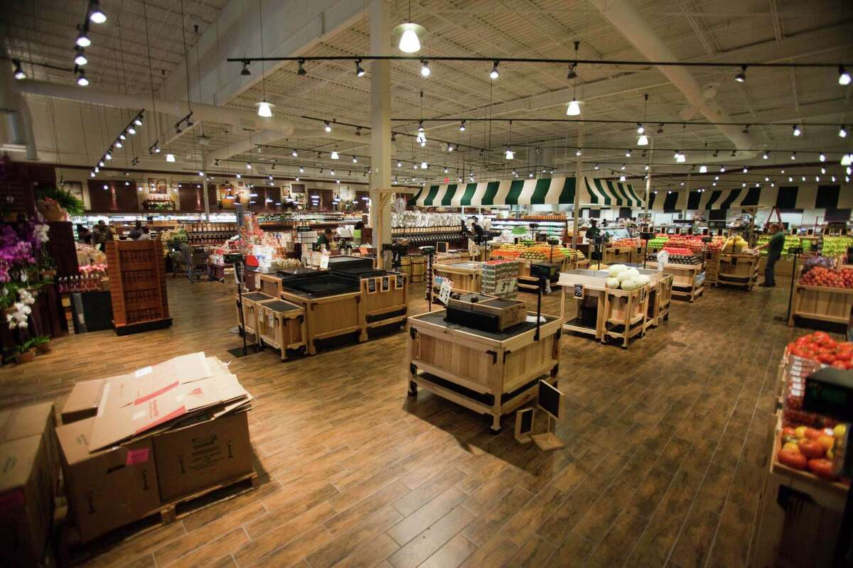 Fresh Market's small-scale model has worked elsewhere, but it may have misread Texas, a retail expert says.
