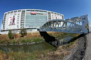 SANTA CLARA, CA - SEPTEMBER 14:  A general view of the exterior of Levi's Stadium is seen prior to the start of the game between the San Francisco 49ers and the Chicago Bears on September 14, 2014 in Santa Clara, California.  (Photo by Jeff Gross/Getty Images)