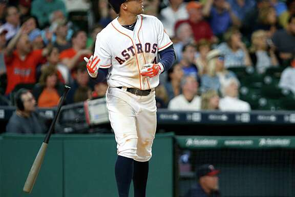 A simple drop of the bat punctuates George Springer's fourth-inning homer.