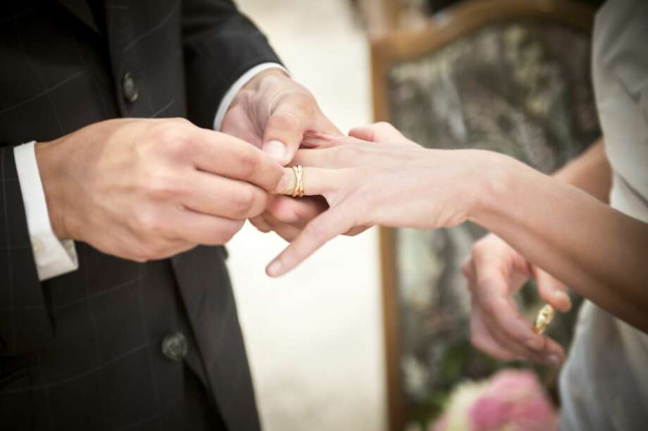For many young people across the country, putting off marriage - or even settling down with a partner long term - has become the norm. Photo: Getty Images