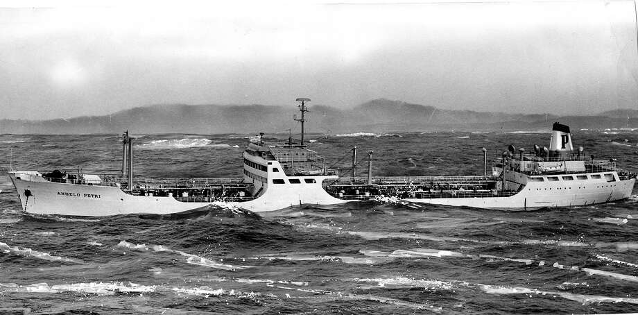 Wine tanker S.S. Angelo Petri in distress off the coast of San Francisco, Feb. 9, 1960. Photo: Barney Peterson, The Chronicle