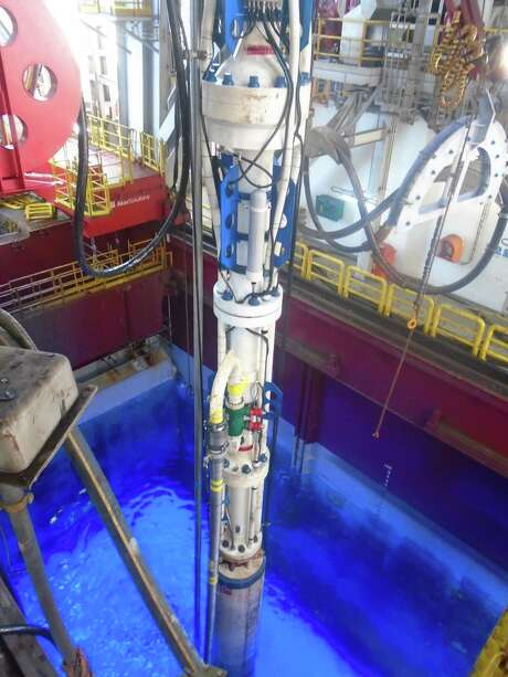 AFGlobal's Riser Gas Handling system diverts trapped gas from the drilling riser. Photo: Laura Goldberg / Copyright 2009