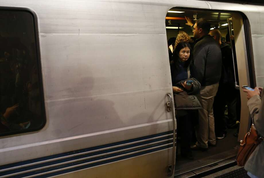 People fill up a northbound train at the Embarcadero station May 4, 2016 in San Francisco, Calif. Photo: Leah Millis, The Chronicle