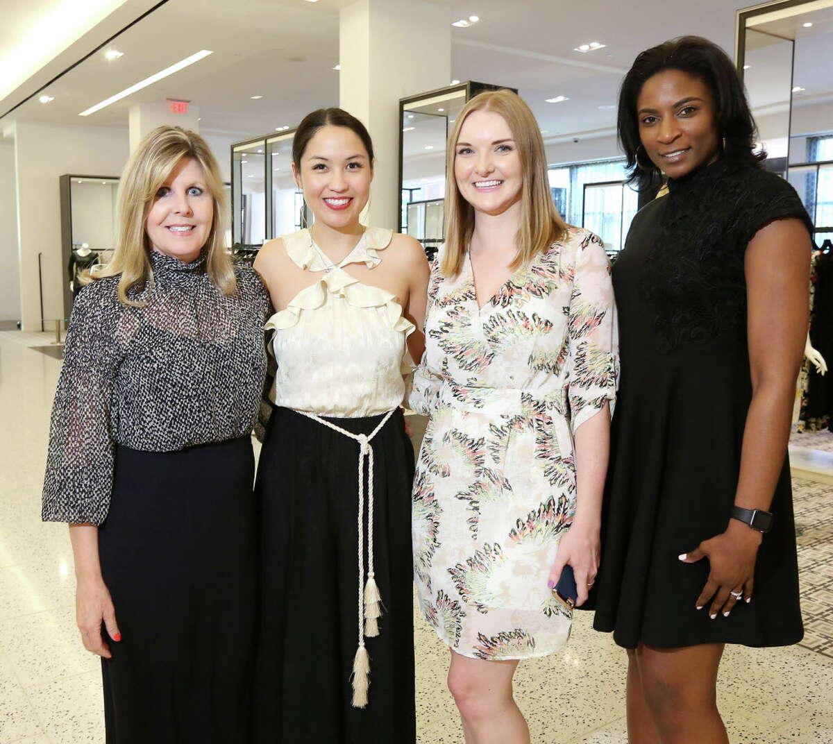 Penne Weidig, Kyla Phung, Kristin Burnett and Kellee Taylor at Tootsies