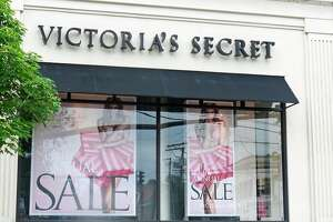 A thief got away wiith over $800 worth of underwear from Victoria's Secret Saturday.