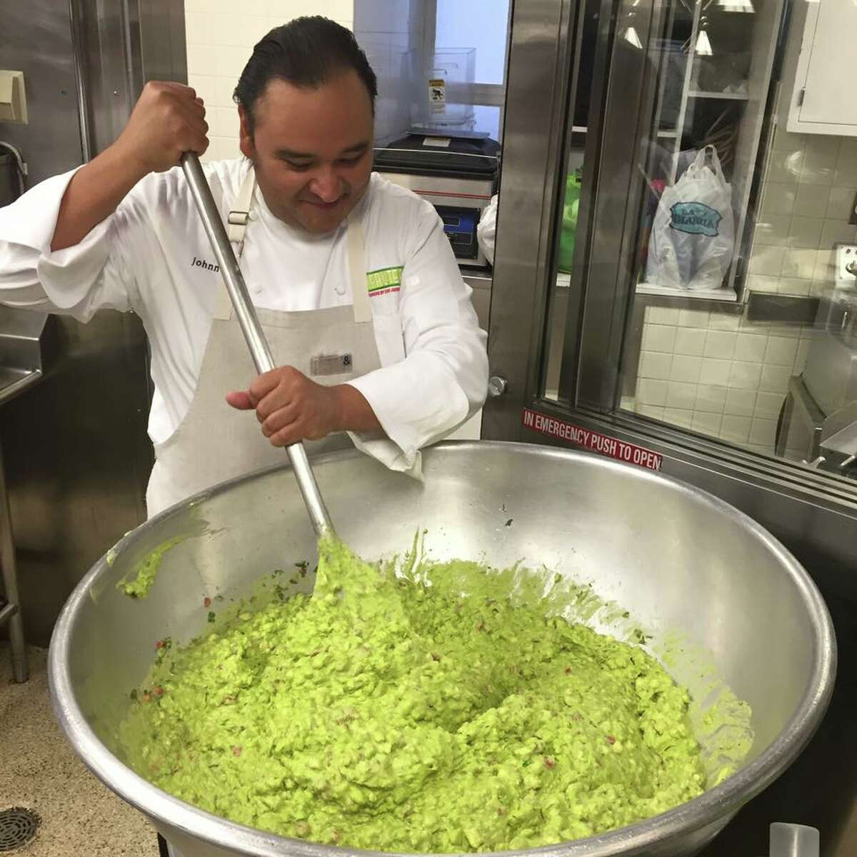 San Antonio chef Johnny Hernandez prepares food at the White House for the First Family's Cinco de Mayo fiesta on May 5, 2016.