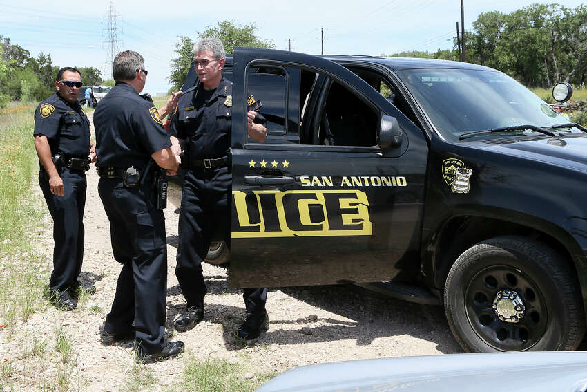 2. The proposed budget calls for 32 new police officers and 9 new parks police officers, as well as 46 engine exhaust renewal systems and extra safety equipment for firefighters, Sculley told the San Antonio Express-News Editorial Board on Wednesday.
