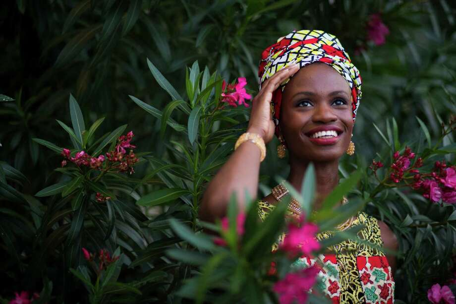 Raliat Akinlolu was one of the winners of the Nigerian Arts Fashion and Beauty Awards. Photo: Marie D. De Jesus, Staff / © 2016 Houston Chronicle