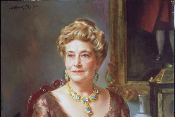 'Museum Trustees and Patrons':  'Portraits' by Robert Joy, on view at the Museum of FIne Arts, Houston, August 5 through October 1, 2000.  'Miss Ima Hogg'  HOUCHRON CAPTION (08/11/2000):    Miss Ima Hogg, an oil on canvas by Robert C. Joy, offers a glimpse of one of the city's most well-known patrons.