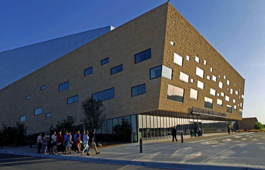 The Planning & Zoning Commission on Monday approved 7-0 a specific-use permit request by University Food Services to increase the alcohol service area from 63,865 square feet to 109,130 square feet. James Durbin/Reporter-Telegram Photo: James Durbin