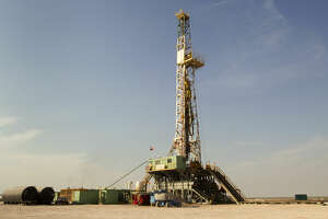 An oil rig running on Anadarko's Raybank Well is shown Thursday, June 2, 2011, near the west Texas town of Mentone, about 90 miles west of Midland. ( Brett Coomer / Houston Chronicle )