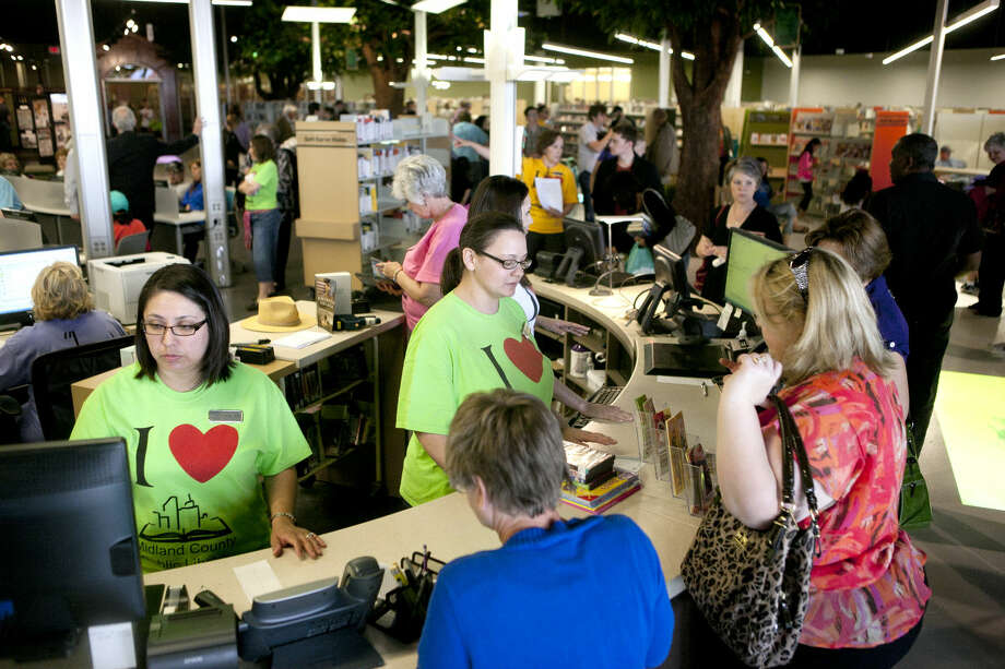Midland County Public Library Centennial branch opening Saturday. James Durbin/Reporter-Telegram Photo: JAMES DURBIN