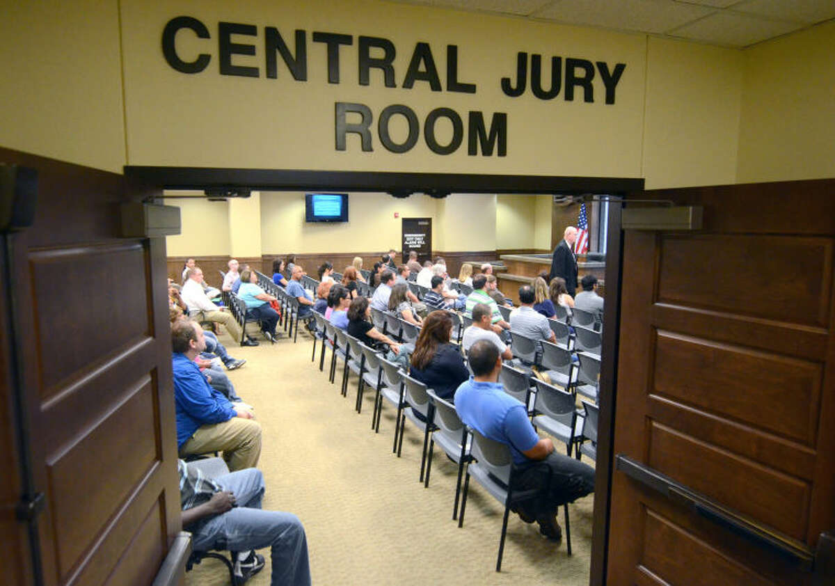 Show cause hearing for those who ignore jury duty summons Friday at the Midland County Courthouse. James Durbin/Reporter-Telegram