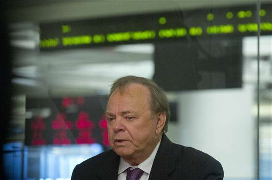 Harold Hamm, CEO of Continental Resources and among the pioneers in shale oil drilling in the U.S., is interviewed, Wednesday, Jan. 13, 2016, in New York. Oil executive Harold Hamm expects the price of oil to rise to about $60 by the end of the year as companies in North Dakota, Texas and elsewhere cut production and whittle down the current glut in the market. (AP Photo/Bebeto Matthews) Photo: Bebeto Matthews