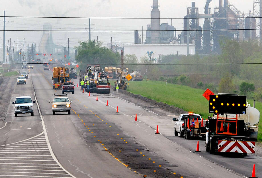 This Tuesday, March 13, 2012, file photo shows road repair in East Texas. Guiseppe Barranco/The Enterprise Photo: Guiseppe Barranco